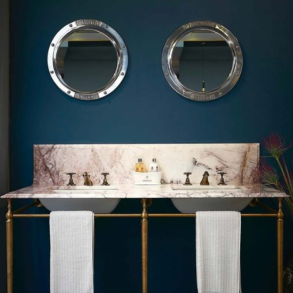 savoy-double-basin-frame-marble-top-porthole-mirros-1000